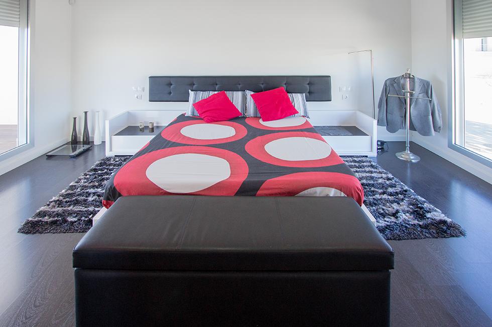 habitación en casa minimalista. Chiralt Arquitectos Valencia.