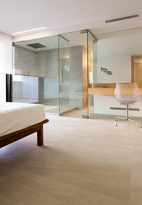 Habitación de invitados con ducha integrada