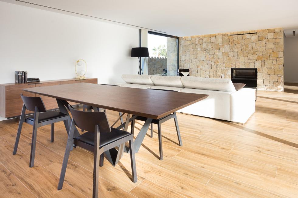casa de diseño Cumbres con muebles de Punt Mobles de Chiralt Arquitectos Valencia